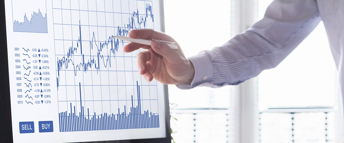 Investing Strategies - Value and Growth Investing