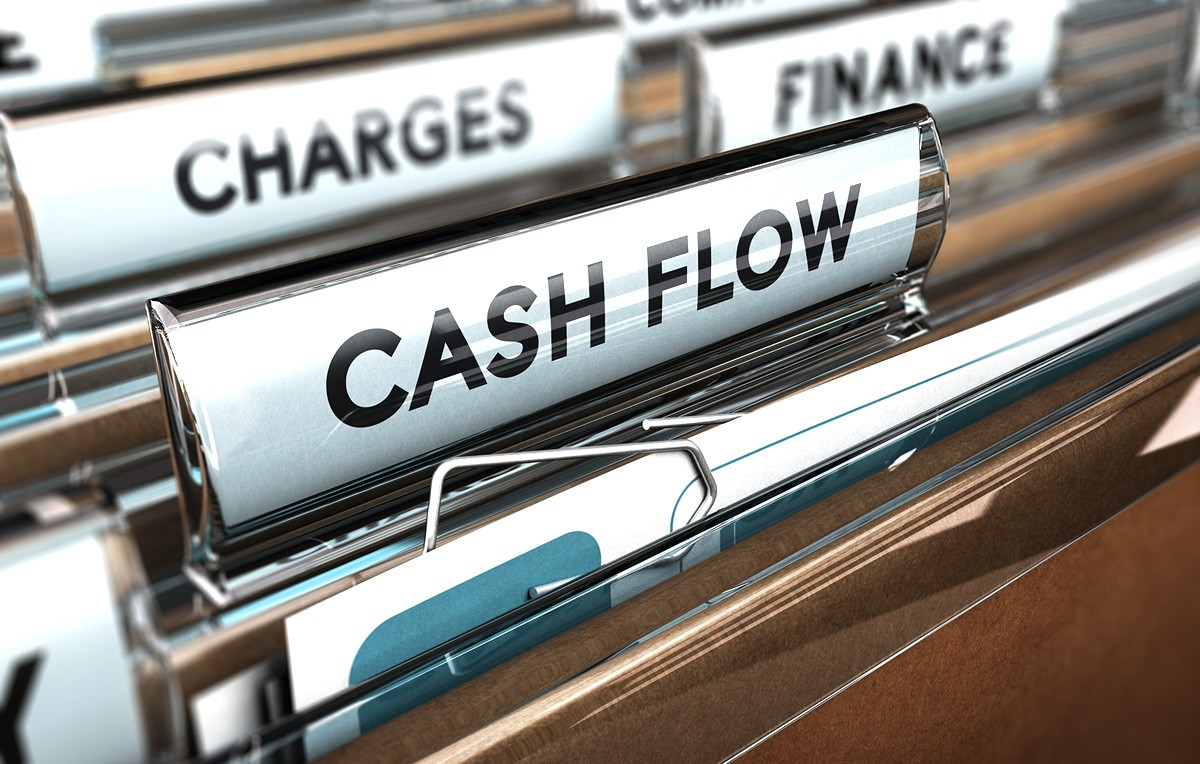 what is cash flow how to maximize it